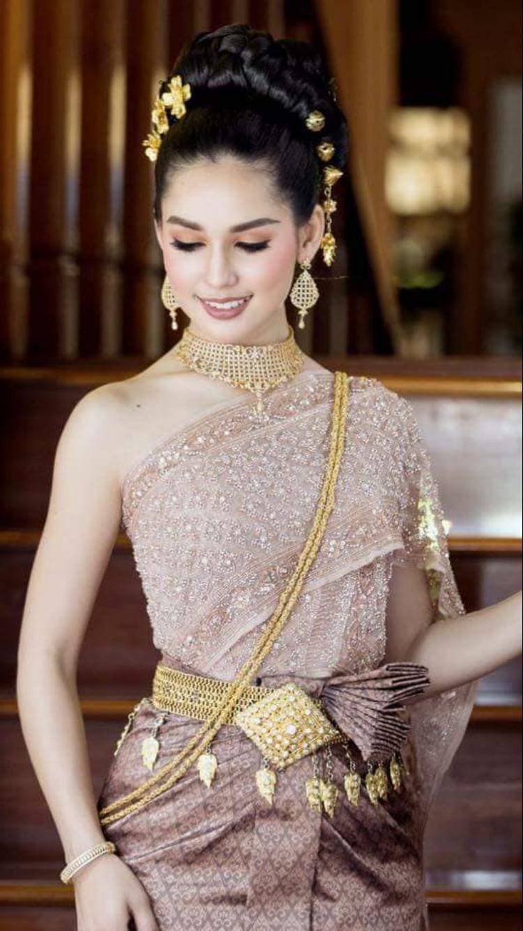 Pin by slouny on khmer in pinterest sandalias