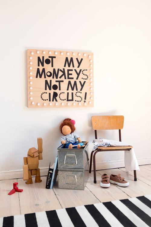 heute leuchtsignale mit sehr schlauen spr chen zum selbermachen diy kinderzimmer kinder. Black Bedroom Furniture Sets. Home Design Ideas