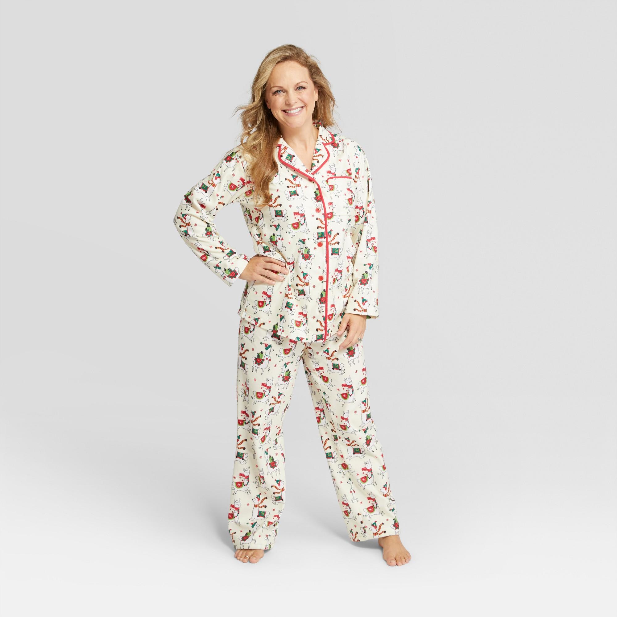 f1a8ede53a Nite Nite Munki Munki Women s Holiday Llama Notch Collar Pajama Set - Ivory  2XL