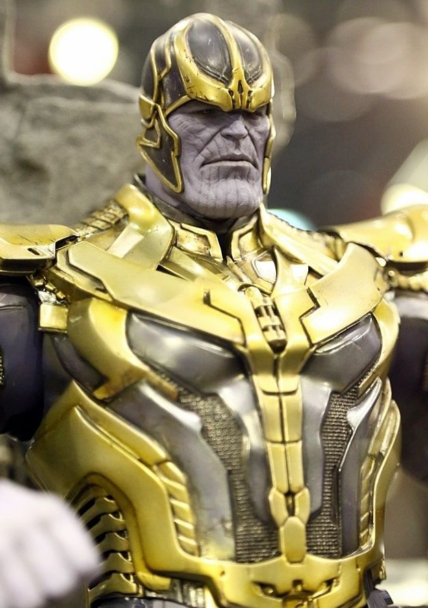 thanos hot toys figure w led throne guardians of the. Black Bedroom Furniture Sets. Home Design Ideas