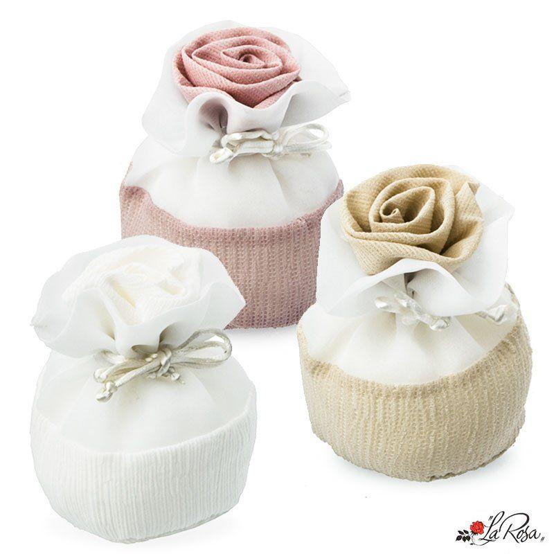 Sacchetti Porta Confetti In Tessuto Elegante Con Rosa Molto Bello Il Tessuto Completi Di Tirante Idea Per Bom Bomboniere Presine All Uncinetto Kit Fai Da Te