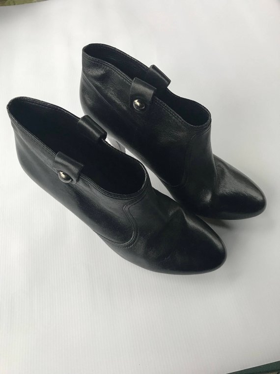 4e5f76a5b5603 Coach Ankle Boots size 9 Refurbished Vintage Black Leather Shoes ...