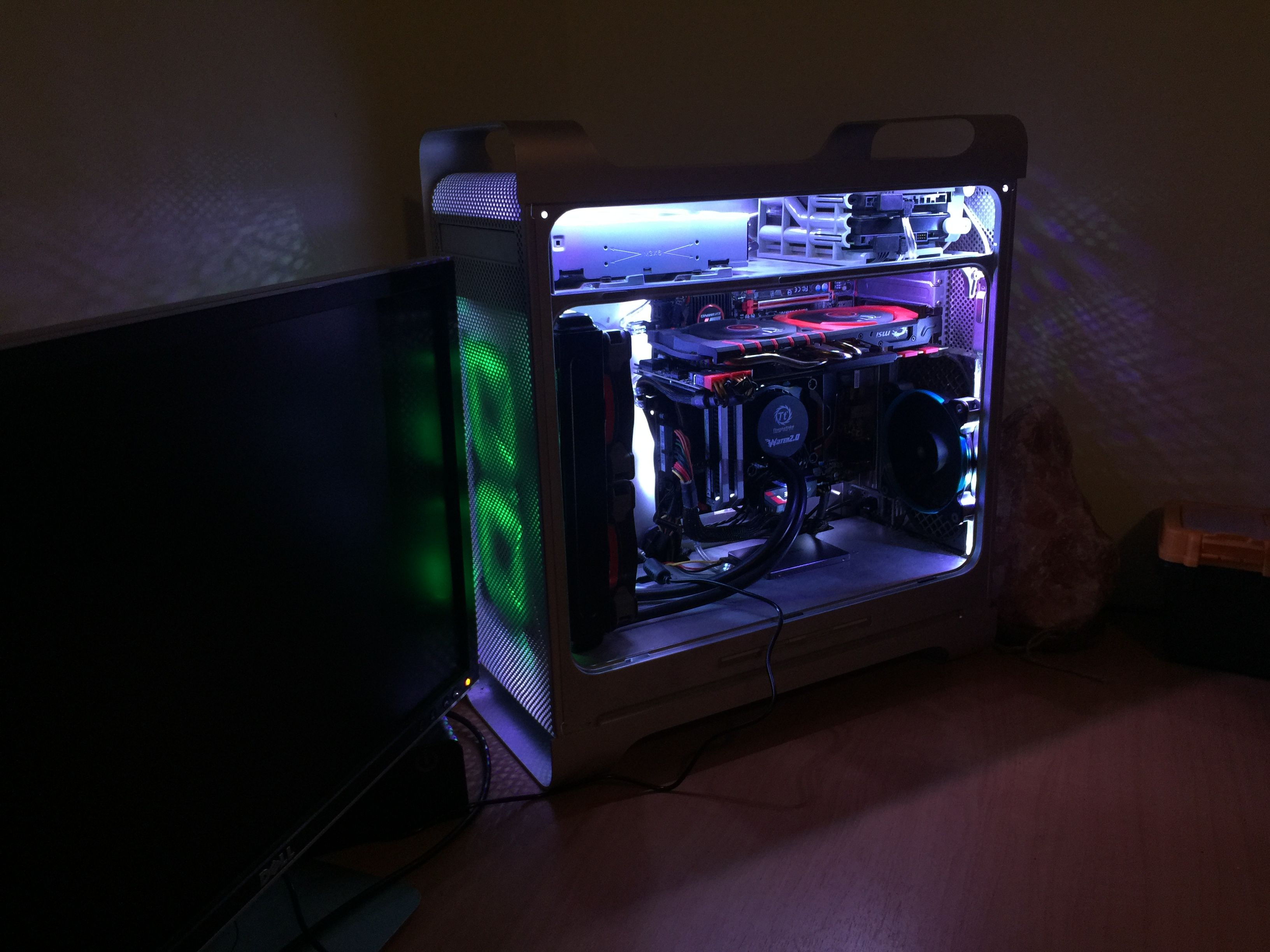 A friend of mine is building his rig inside of a