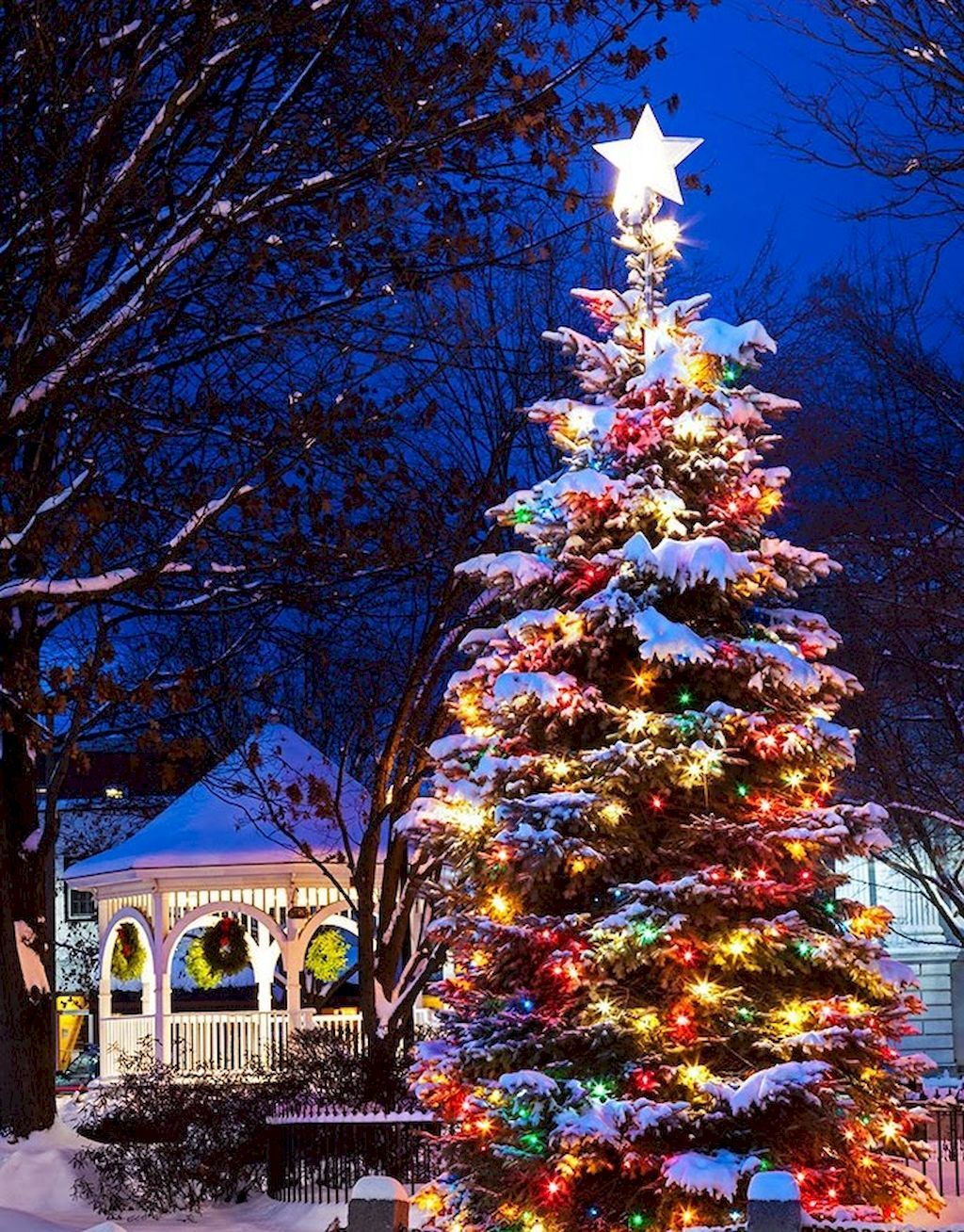 50 creative christmas lights decoration ideas