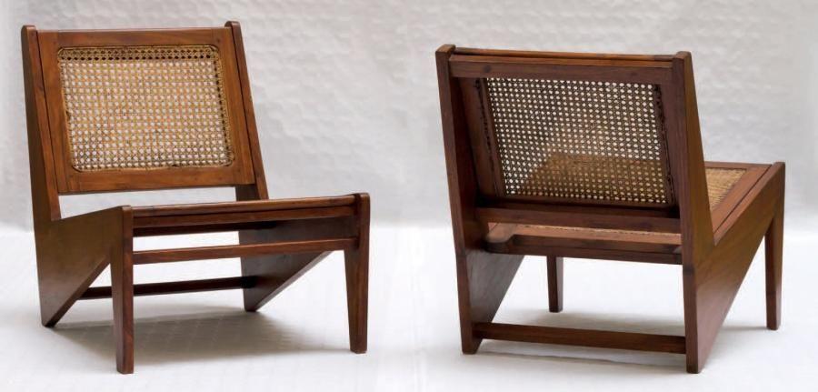 Pierre Jeanneret 1896 1967 Paire De Chauffeuses Kangourou Circa 1955 Teck Et Canage De Rotin 60 X 55 Idees De Decor Decoration Interieure Pierre Jeanneret