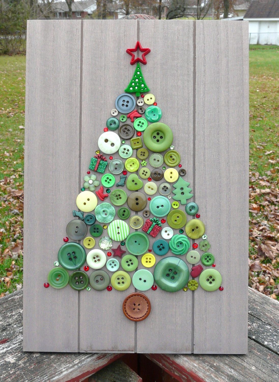 Holiday Tree Christmas Tree Button Art With Swarovski Crystals On 8 X12 Menu Board Winter Decor By Barefootancrazy On Button Crafts Button Art Crafts