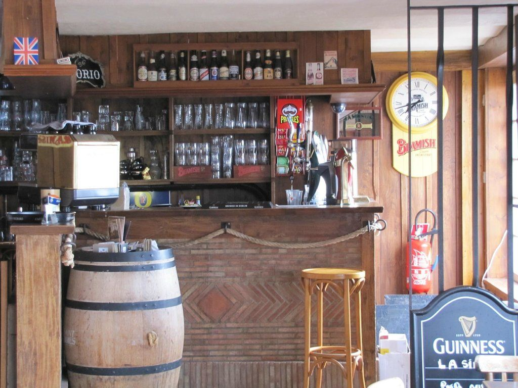 Hotel Restaurant Pub La Sirene (Yport, France) - Reviews, Photos & Price Comparison - TripAdvisor