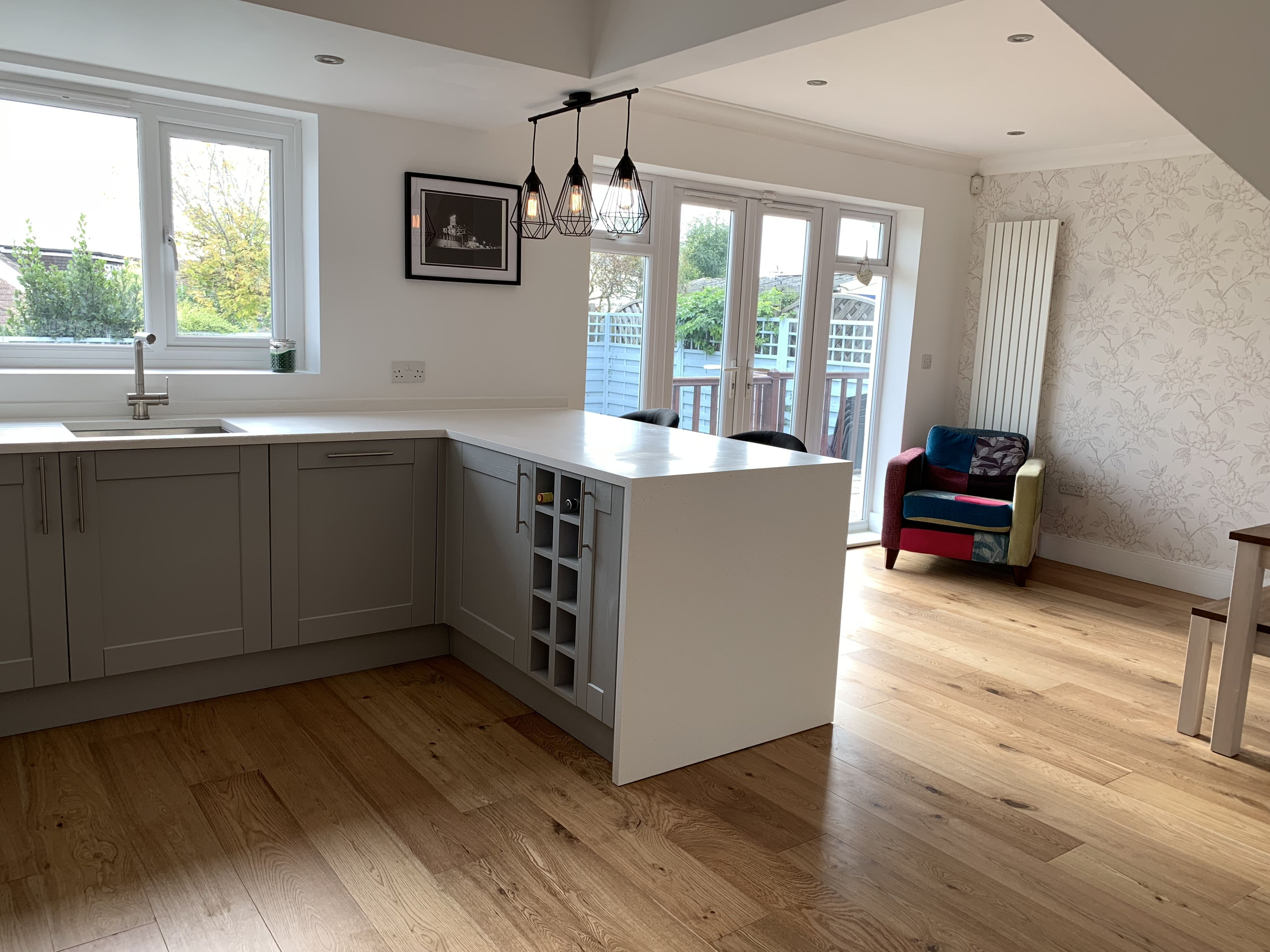 Howdens fairford kitchen, Apollo Slab Tech worktops. Howdens ...
