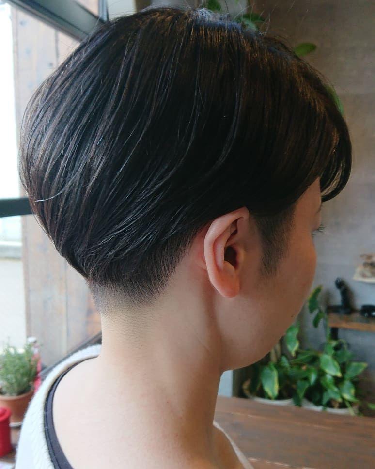 熊本美容室swallow Hairさんはinstagramを利用しています ツーブロック刈り上げ女子 ずっとスーパーロングだったお客様 一度短く切るともう止まらない 今ではここまで短くなっちゃいました 似合ってます ご新規様インスタ割引き