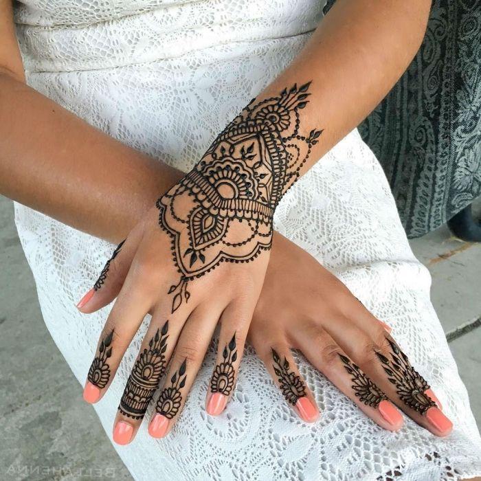 1001 + idées pour un tatouage henné ultra impressionnant | Tatouage henné, Modèles tatouages au ...
