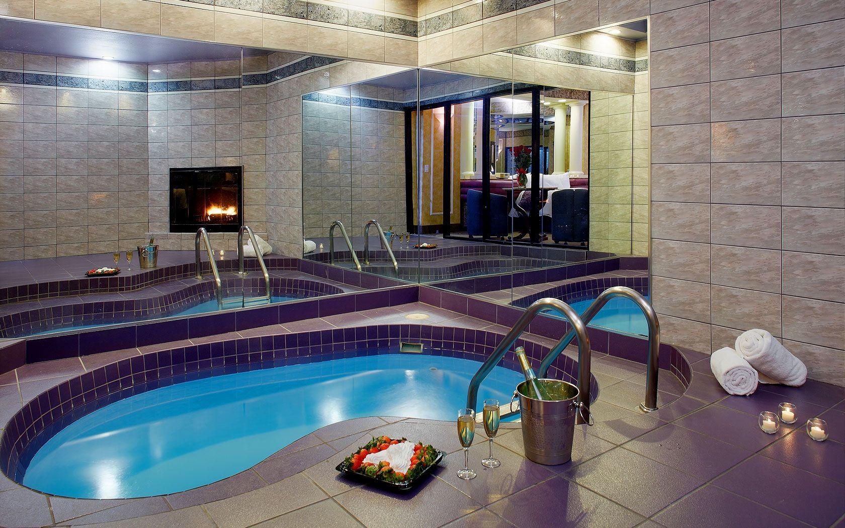 Poconos Romantic Getaways  Pocono Mountain Resorts