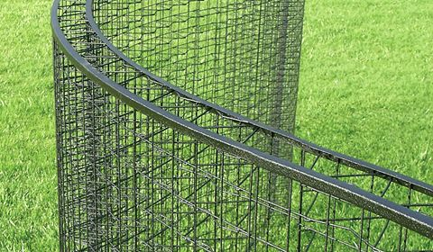 Greenscreen Is A Landscape Trellis System For Fencing Wall
