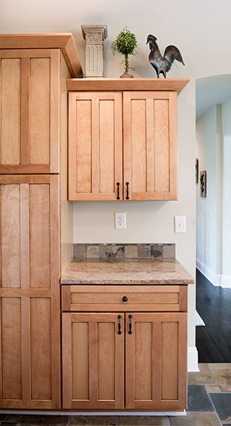the darby lakes kitchen the creative kitchen co maple shaker style cabinets kitchen cabinet on farmhouse kitchen maple cabinets id=60596
