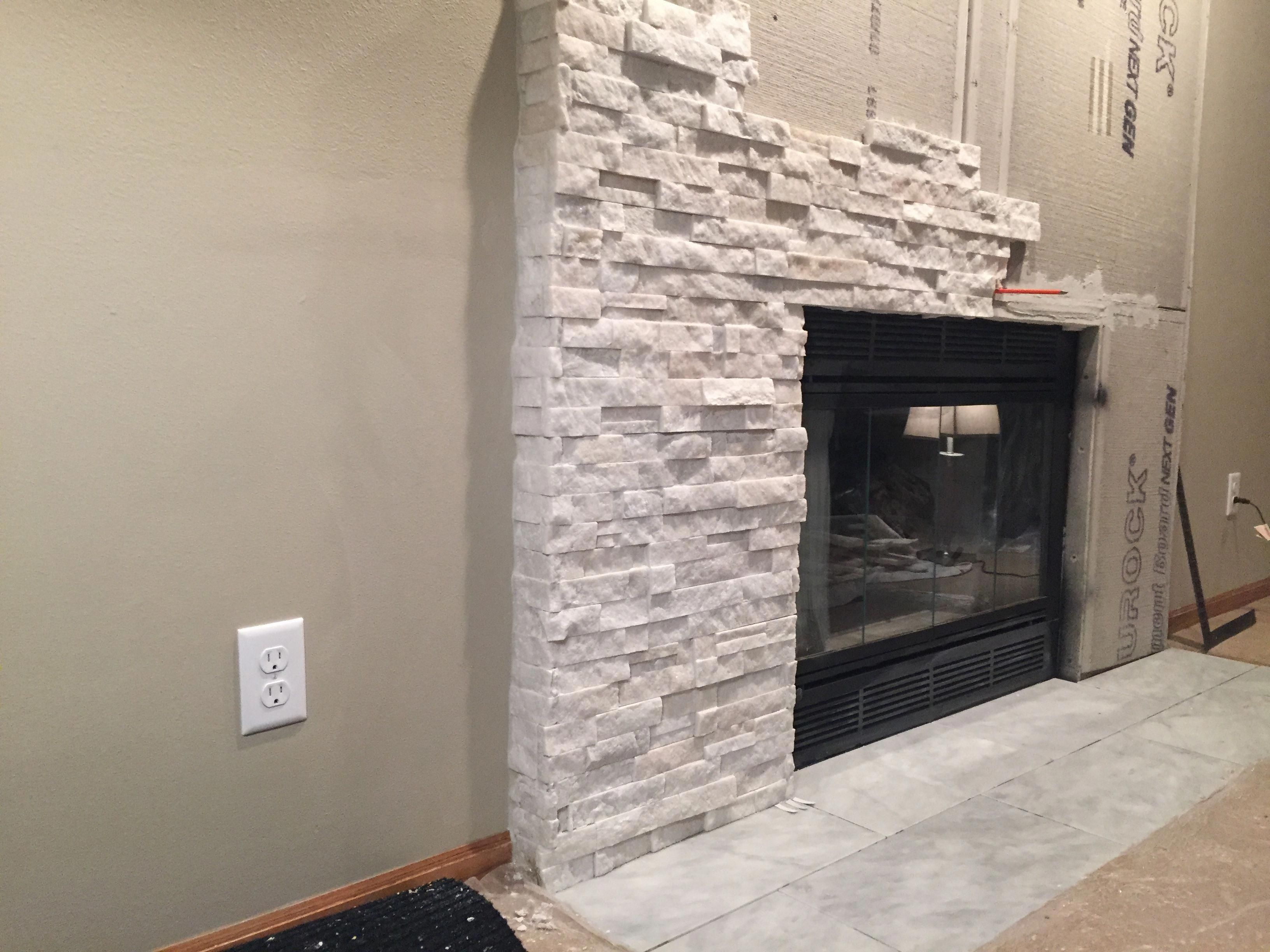 Fireplacechimney Mke Tile Stone We Can Remove Your Old Or Brick Veneer And Put Up Something M White Stone Fireplaces Stone Fireplace Surround Fireplace Remodel