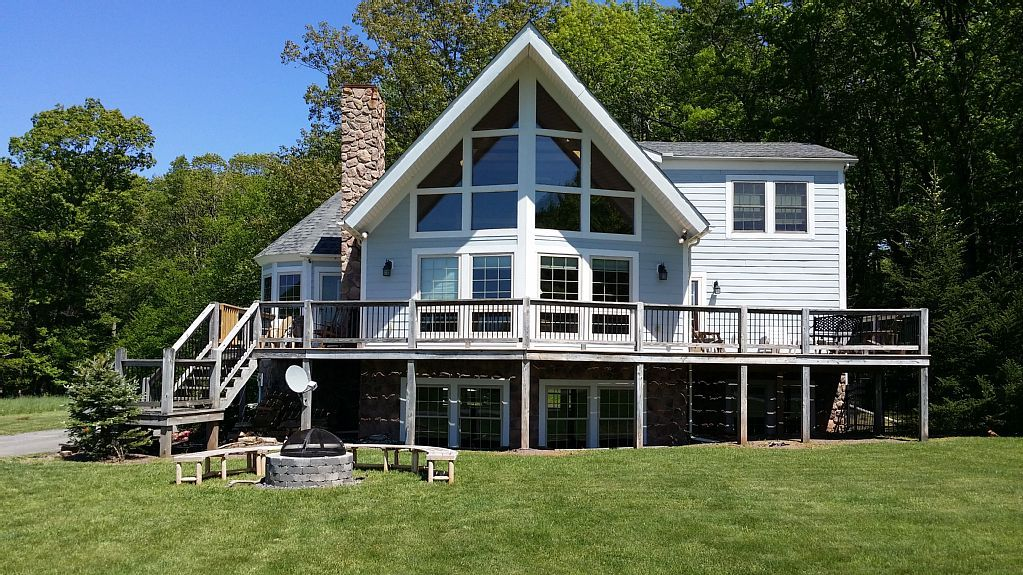 Chalet vacation rental in McHenry from VRBO.com! #vacation #rental #travel #vrbo