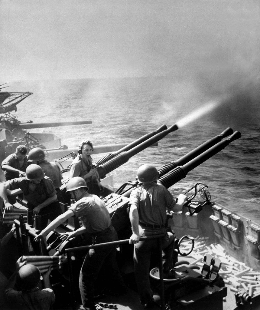 World War II (1939 -1945), it is the most widespread war in history, with the participation of more than 100 million people from more than 30 different countries.