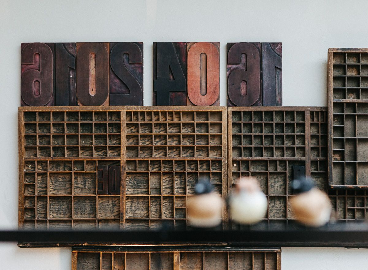 Restaurant in voormalige drukkerij. Huis Roodenburch Dordrecht. Interieurontwerpers Jolanda Branderhorst & Esther Canisius.
