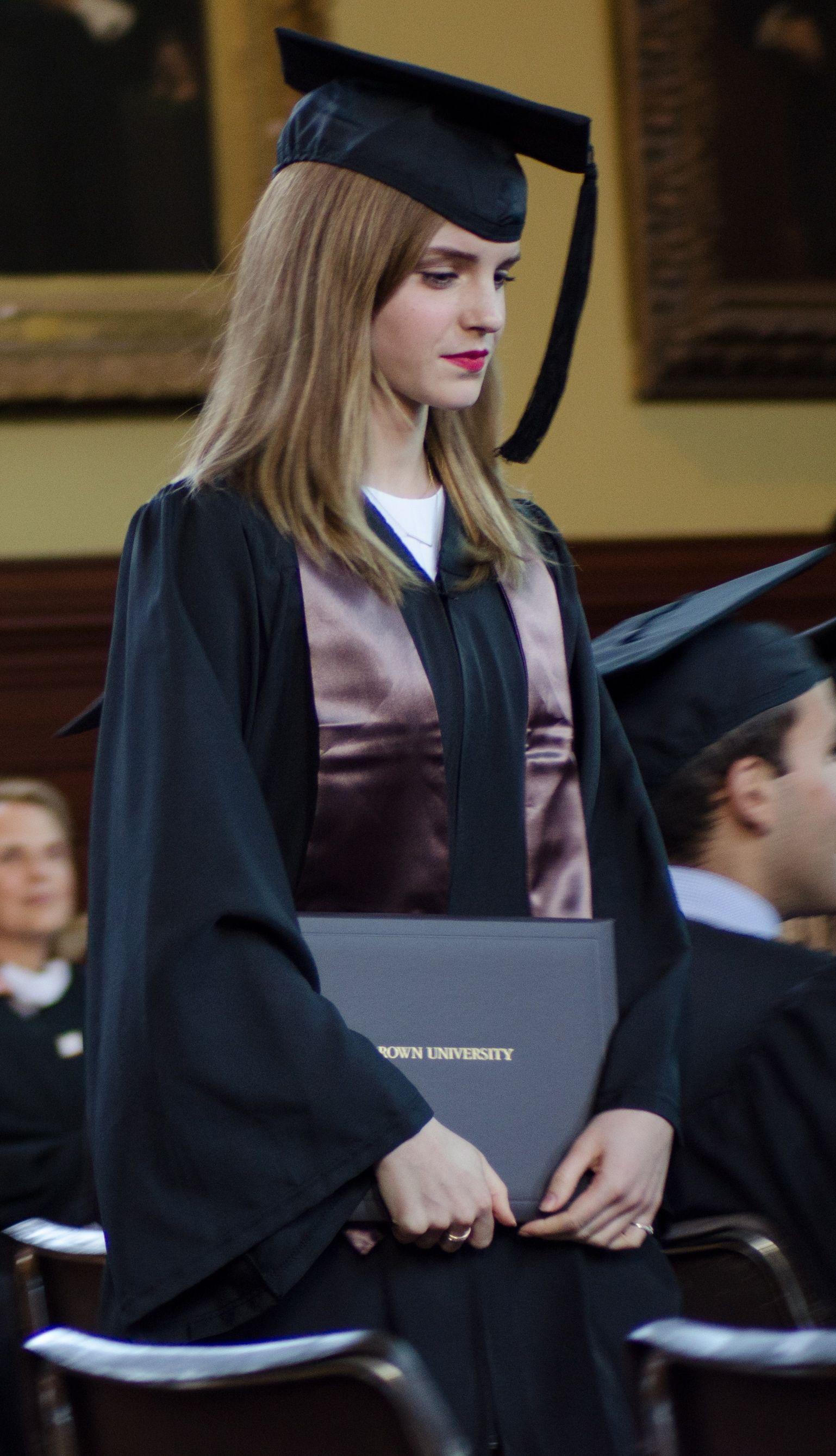 Emma Watsons Boyfriend Bling Ring Celebrity Dating Other Oxford University Scholar Matt Janney