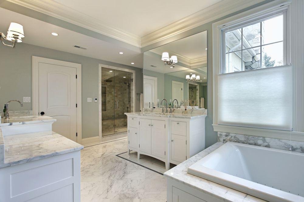 33 Elegant White Primary Bathroom Ideas 2020 Photos Best