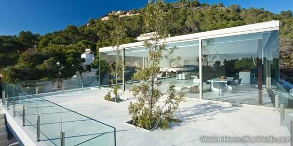 This is a Villa in Cap Martinet with an amazing view to Formentera and the harbor of Ibiza and Dalt Vila.