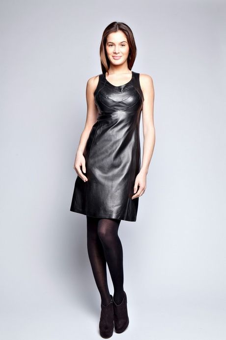 Robe cuir noire   goth   Pinterest   Leather dresses, Black leather ... 7ff6a53c74d0
