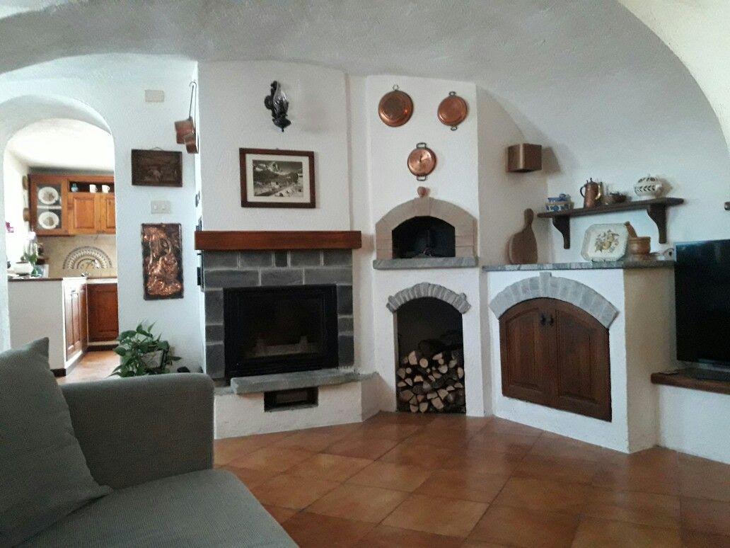 Forno A Legna Con Camino angolo taverna rustica con camino e forno a legna (con