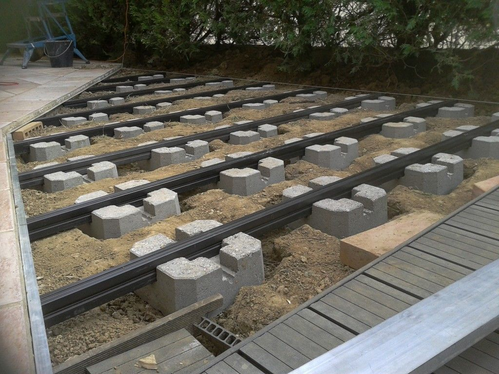 Installation Terrasse Composite Sur Plot Beton Plot Beton Terrasse Lambourde Terrasse Terrasse Composite