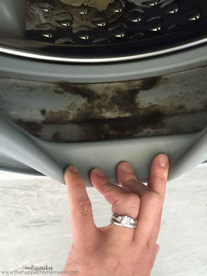92b174e38fac11c68bc082a40513e52c - How To Get Rid Of Mildew Stains On Rubber