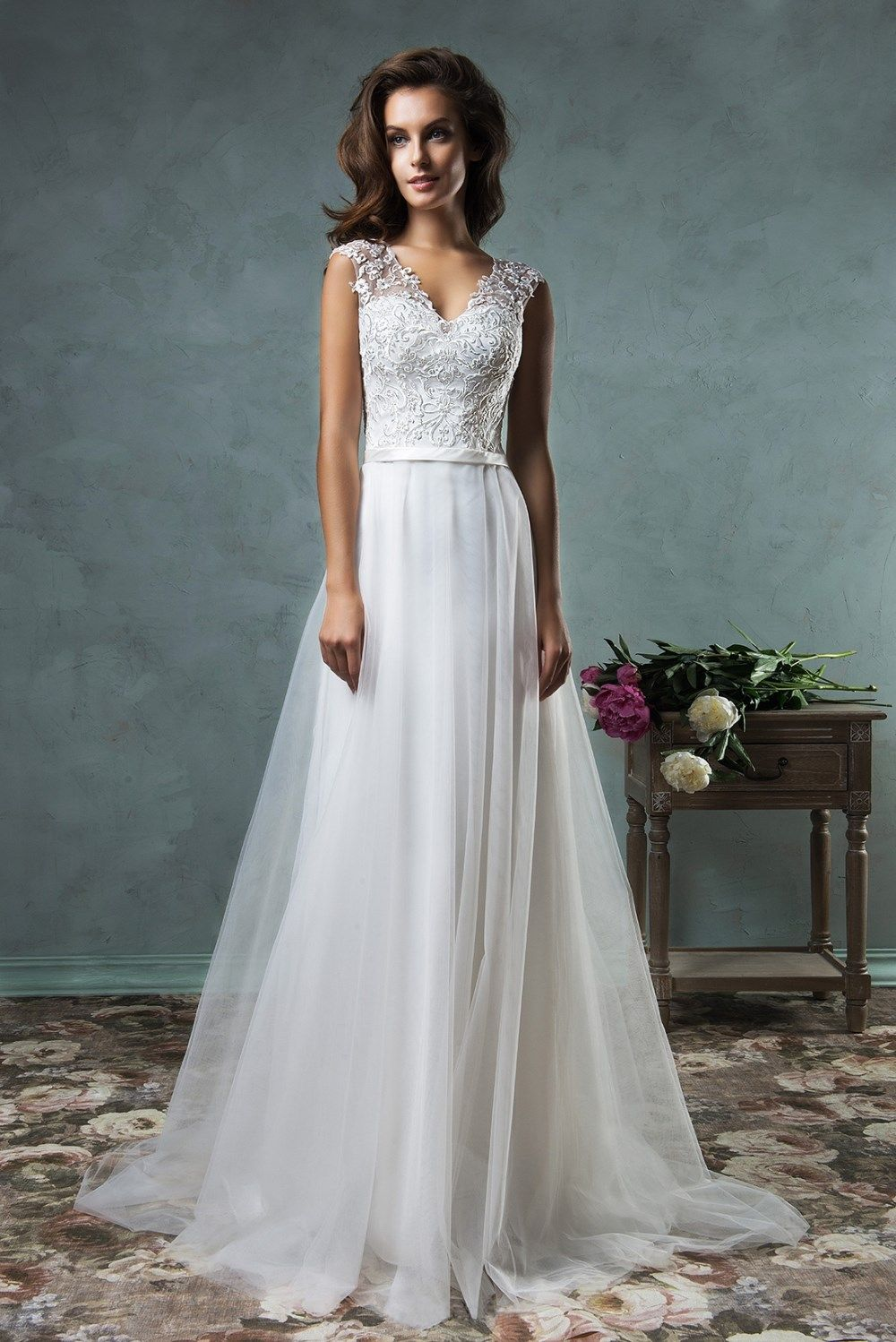 Beach Crystal Lace Applique Simple Wedding Dress (With