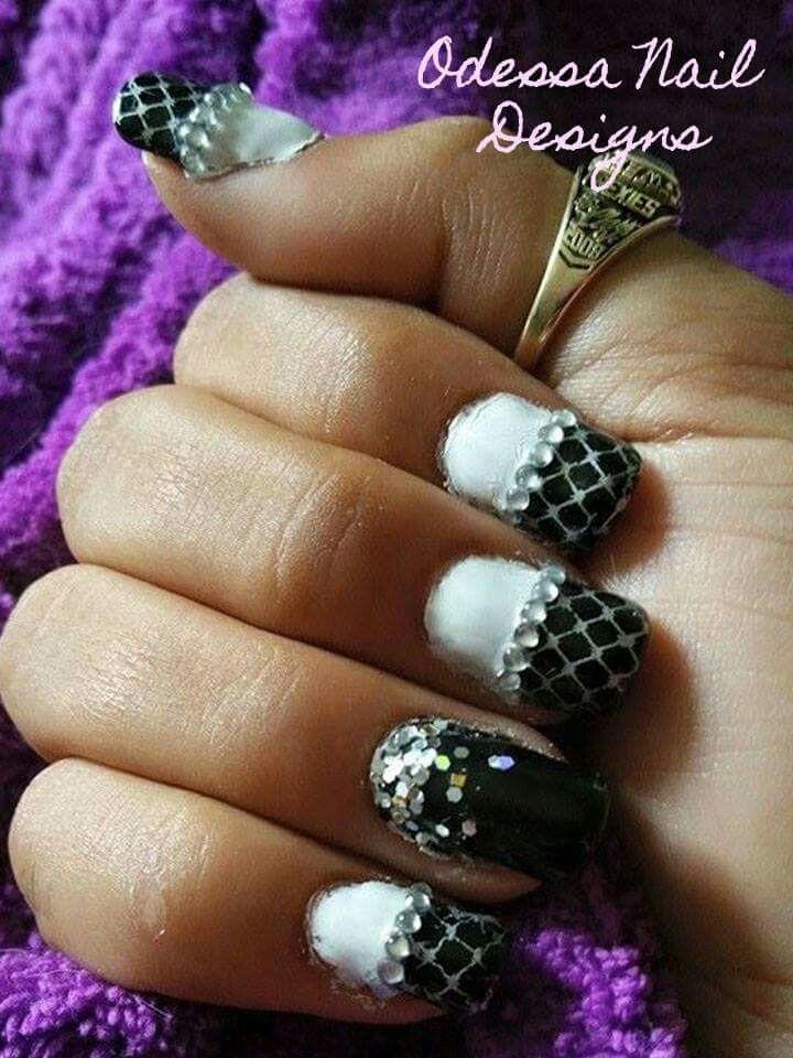 Pin By Cornelia Hartman On My Style Nail Polish Manicure Red Nail Polish