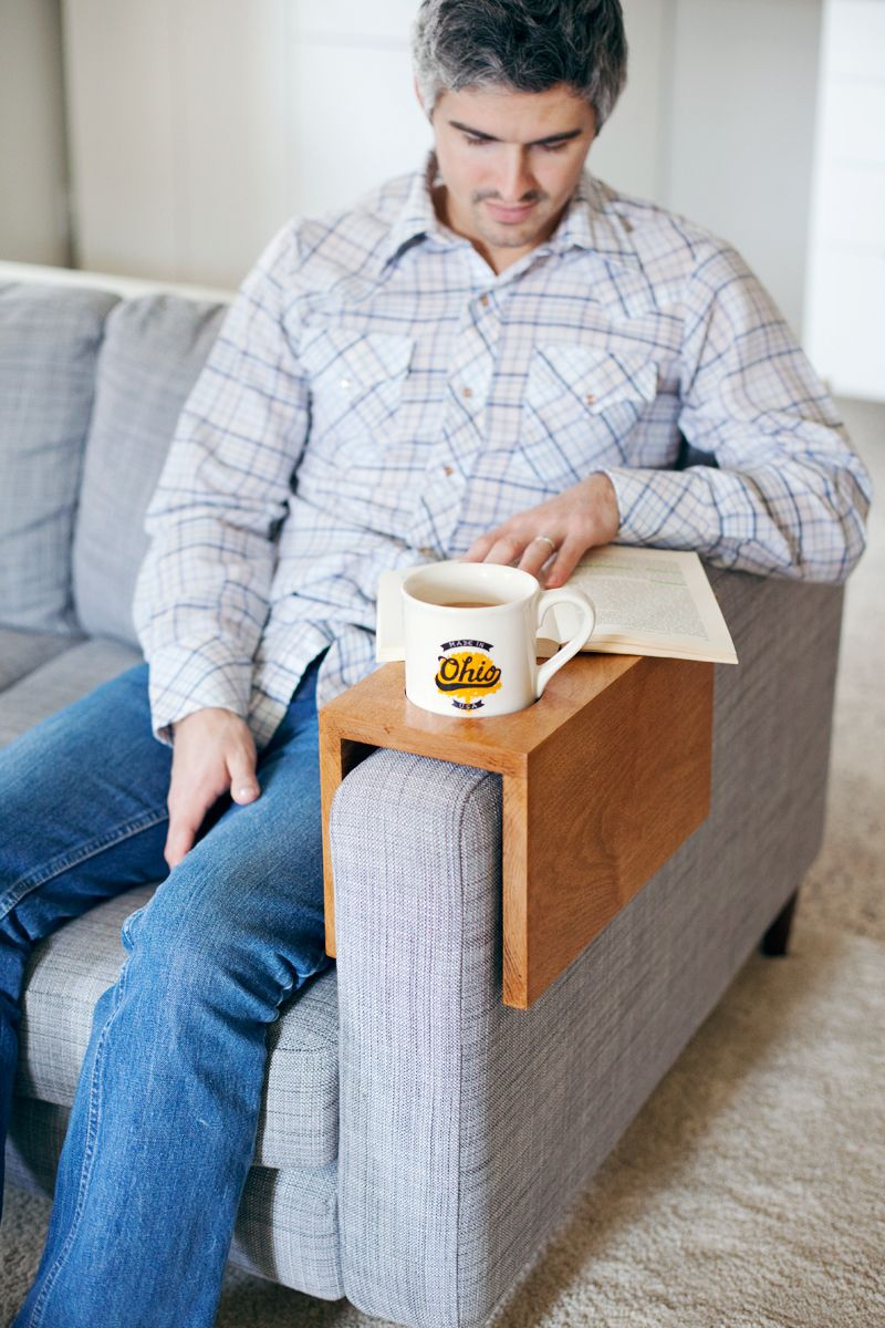 Wooden Sofa Sleeve With Cup Holder A Beautiful Mess Wooden Sofa Diy Sofa Wooden Sofa Designs