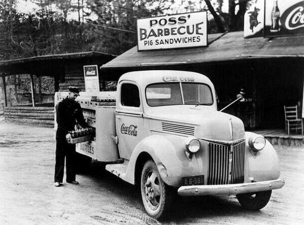 Camion transportando Coca Cola 1940