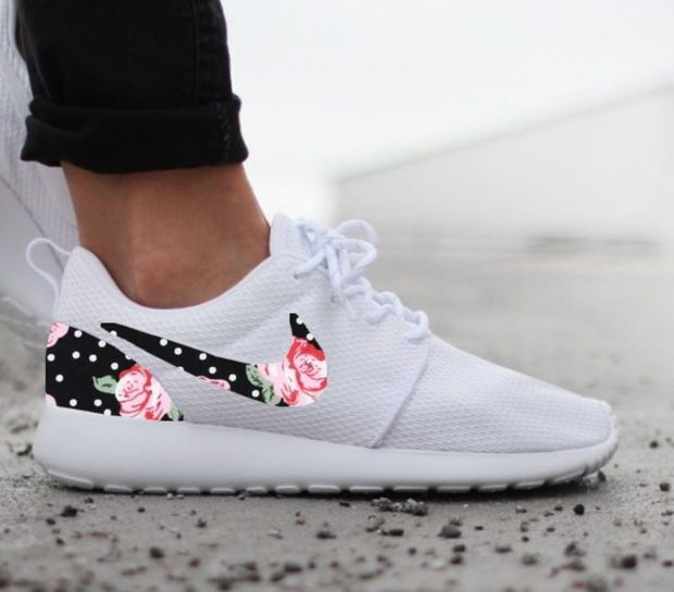 Nike Roshe Run Womens One White Custom Black White Dot Pink Rose Floral  Print ae43abc786