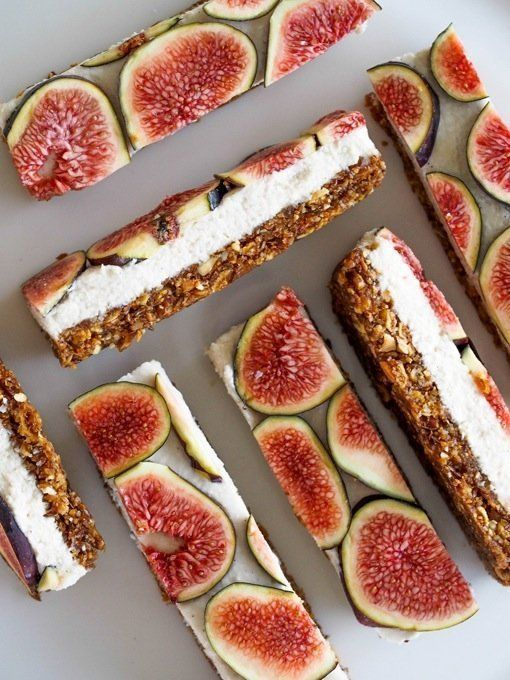 Fig Bars Are Just Too Pretty OMG these look and sound AMAZING! I must make these! These fig slices are a food miracle: They are raw, vegan, dairy-free, sugar-free, and gluten-free. The base is made of walnut and figs, the middle is a vanilla coconut cream, and the top is fresh sliced figs.OMG these look and sound AMAZING! I must make these! These fig slic...