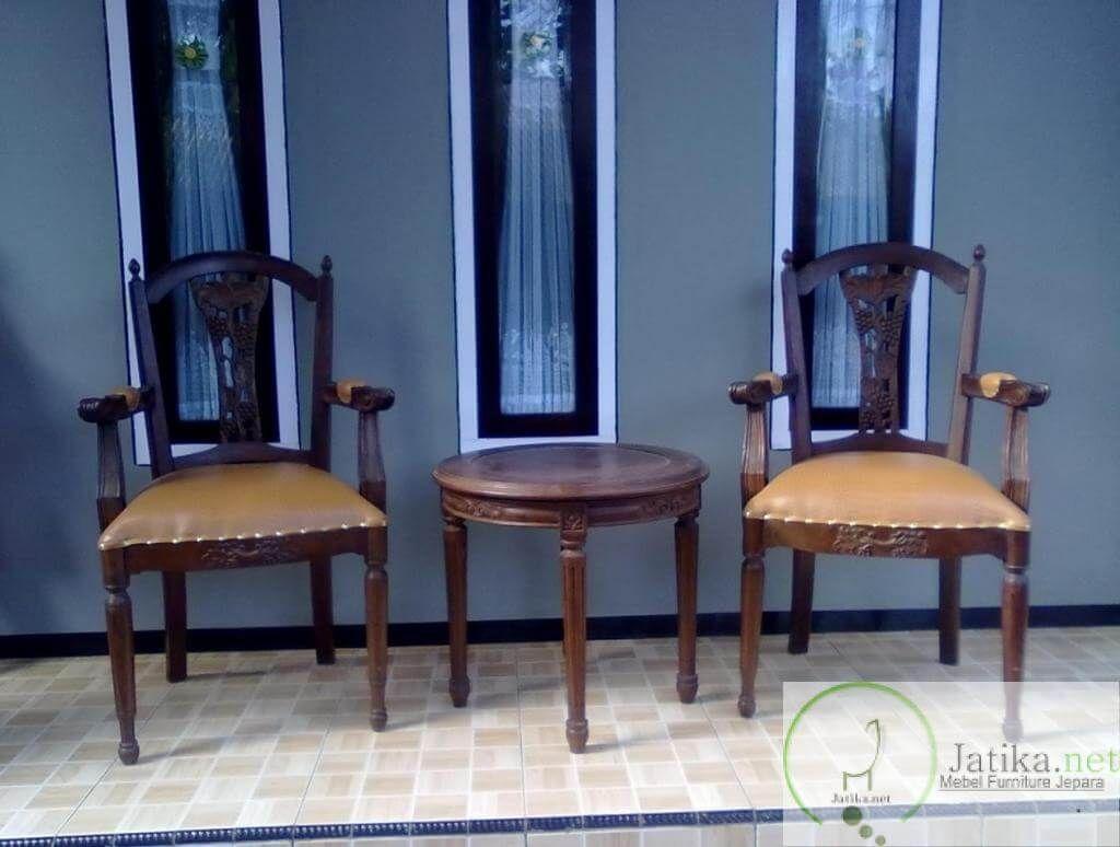 Gambar Kursi Teras Kayu Jati Tua Pinterest Furniture Minimalis Roda Home Furnishings Tropical
