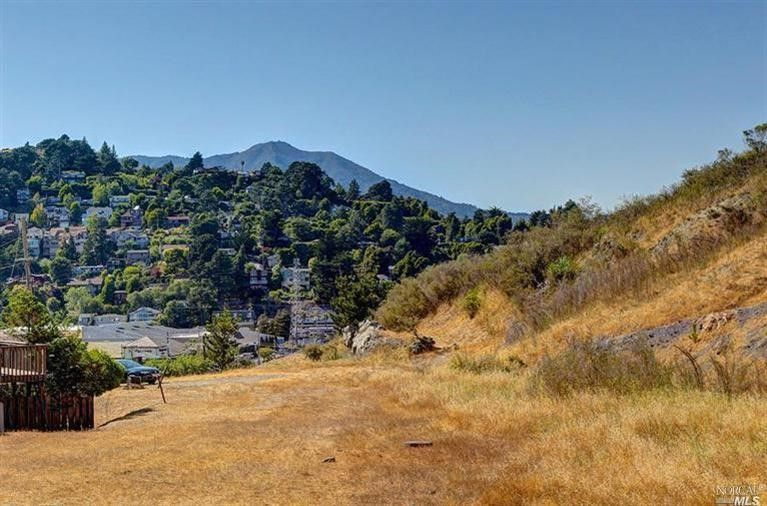 For Sale - 205 Tennessee Valley Road, Mill Valley, CA - $1,200,000. View details, map and photos of this lots/land property with 0 bedrooms and 0 total baths. MLS# 21621333.