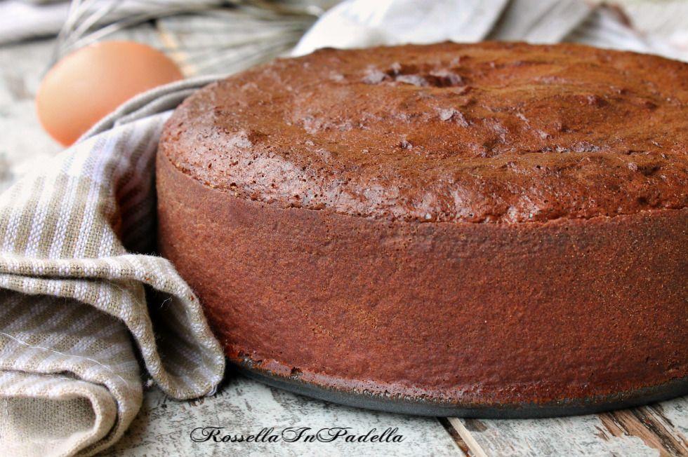 Ricetta Pan Di Spagna Soffice Cacao.Pan Di Spagna Al Cacao Rossella In Padella Idee Alimentari Ricette Cibo