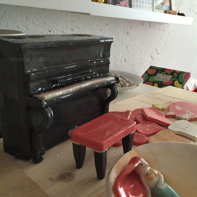Monila handmade ,ceramica,ceramic,piano ,pianoforte
