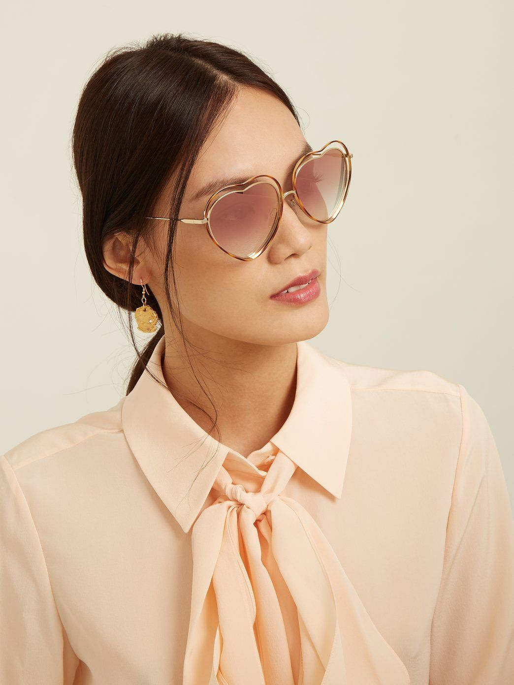 Pin By Rebecamc On Fashion In 2020 Heart Shaped Frame Heart Shaped Sunglasses Sunglass Frames
