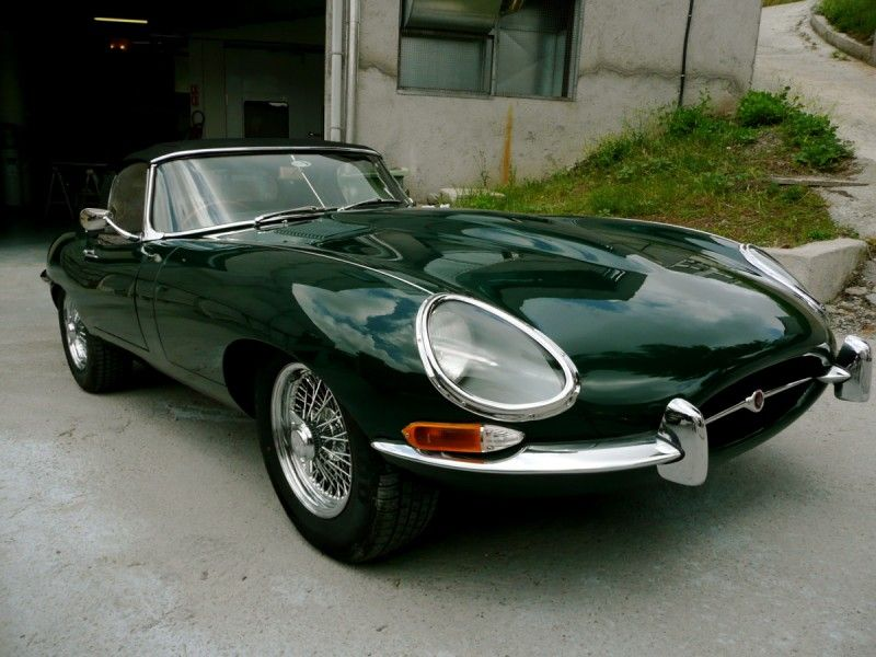 E Type Jaguar British Racing Green