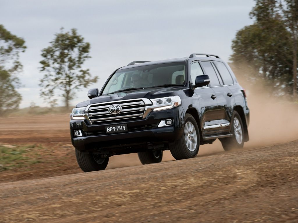 Toyota land cruiser v8 2017 pinterest toyota land cruiser land cruiser and toyota