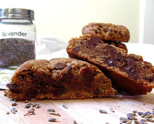 pretty parcel: Lavender Chocolate Chip Cookies (Vegan)
