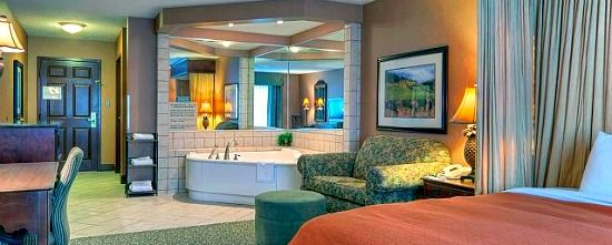 Hotels In Hampton Roads With Jetted Tub In Room