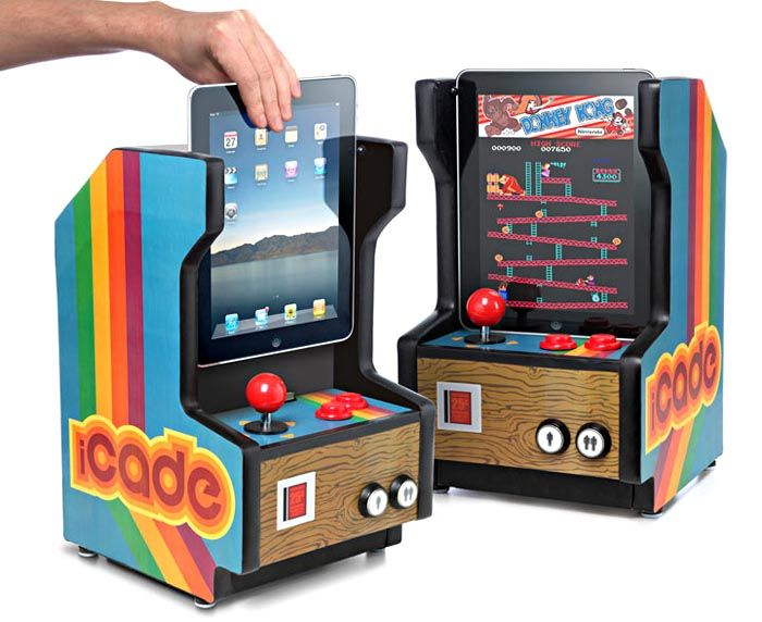 iCade turns iPad into arcade machine. #pacman #donkeykong