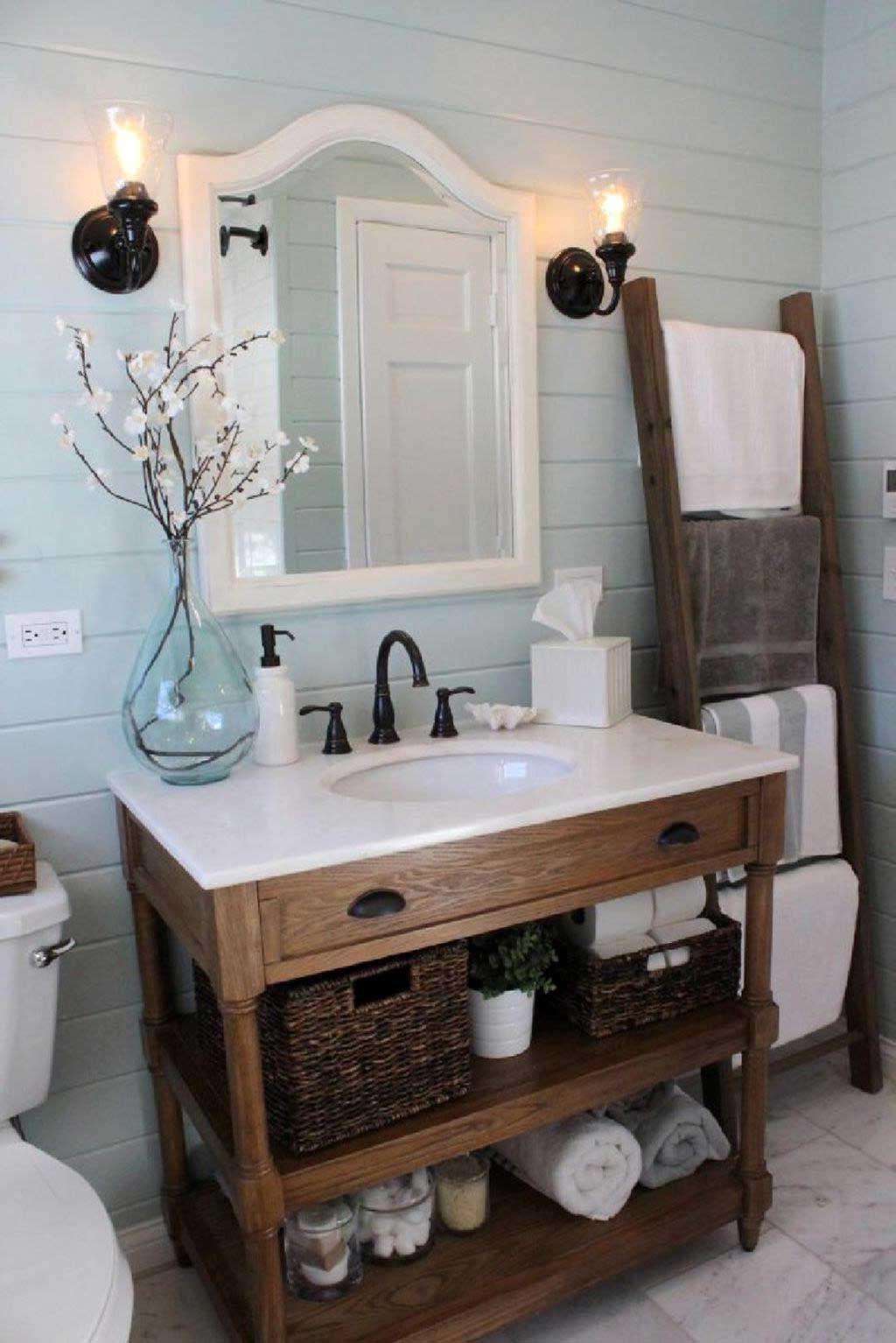 44 low cost farmhouse bathroom design ideas 15 with lamp