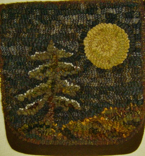 Pine Tree purse - RUG HOOKING DAILY