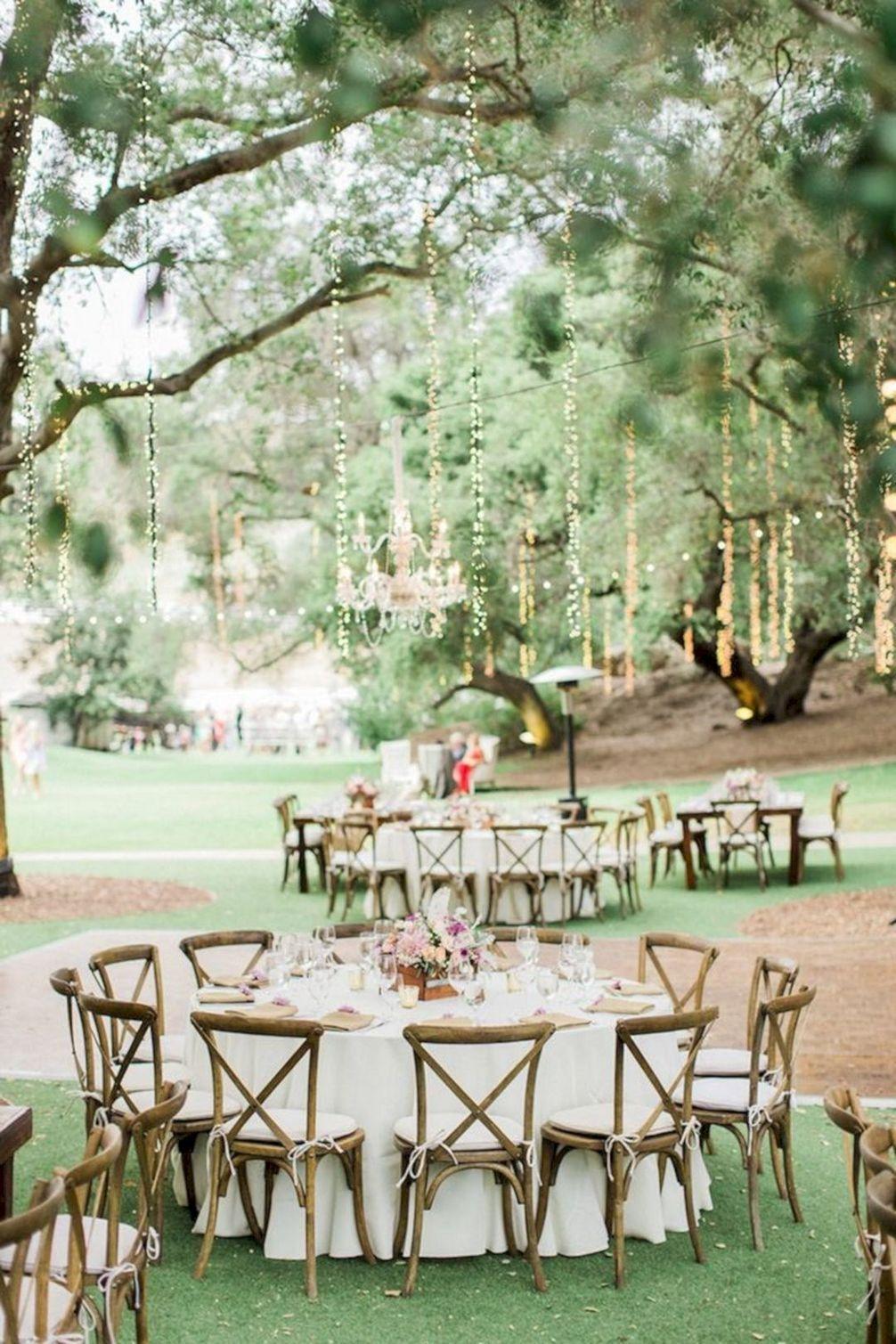 Una boda de ensueño al aire libre con detalles rústico-chic