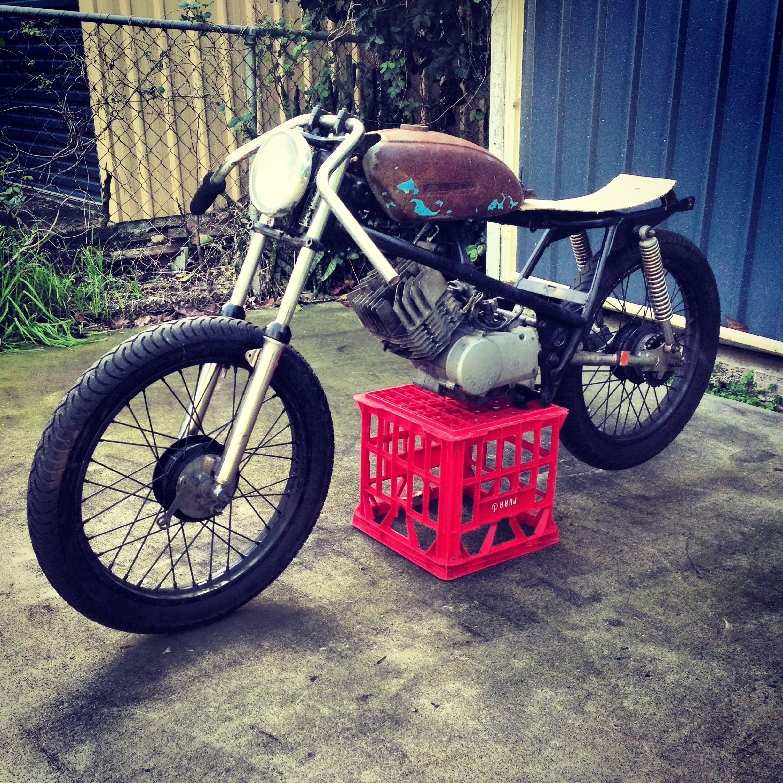 Honda H100 Brat style café racer build | GLEN | Cafe racer build