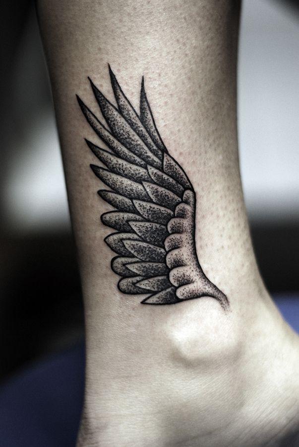 65ef52612 35 Breathtaking Wings Tattoo Designs | tattoos | Wing tattoo designs ...