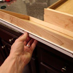 Kitchen Cabinet Drawer Fasteners   http://shanenatan.info ...